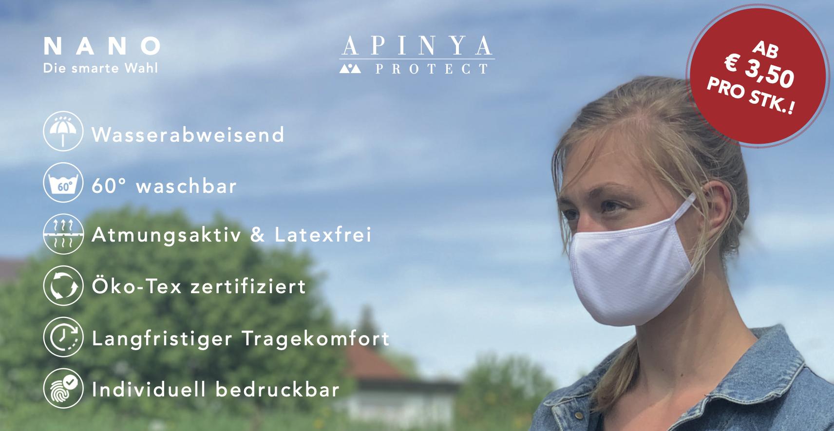 Werbebild Blonde Frau mit Maske